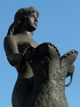 bullayer brautrock statue woman
