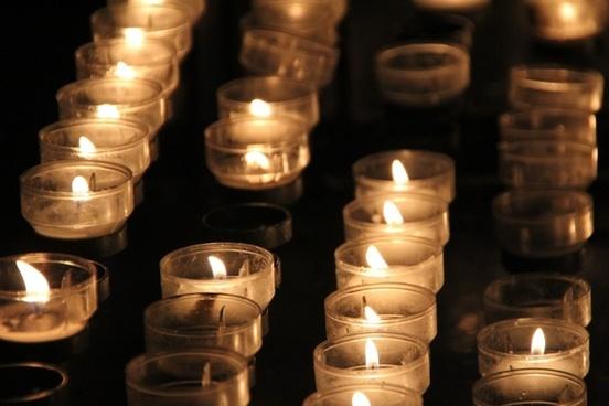 candles light church