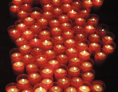 candles pray red