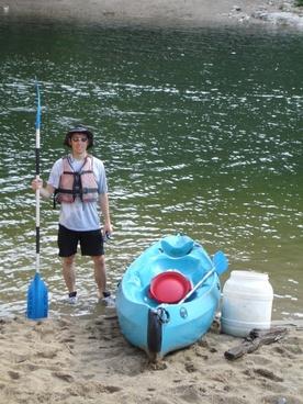 canoeist canoeing paddle