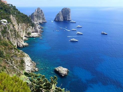 capri marine cliffs