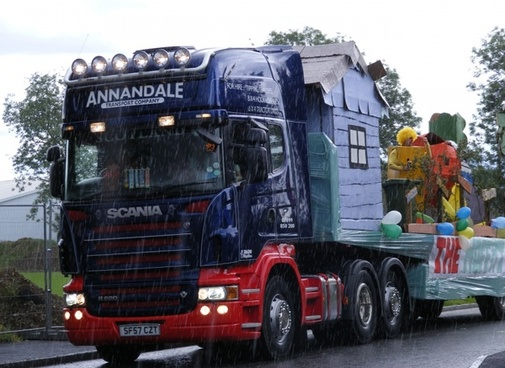 carnival lorry