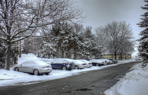 cars in the snow in madison wisconsin