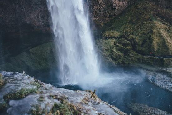 cascade daytime disaster eruption hot spring