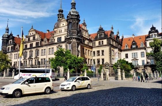 castle dresden baroque