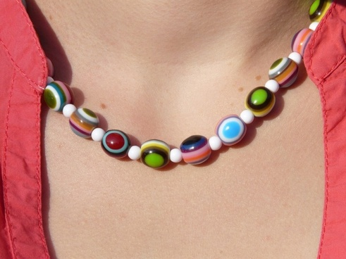 chain necklace colorful