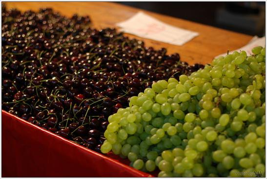 cherrys amp grapes