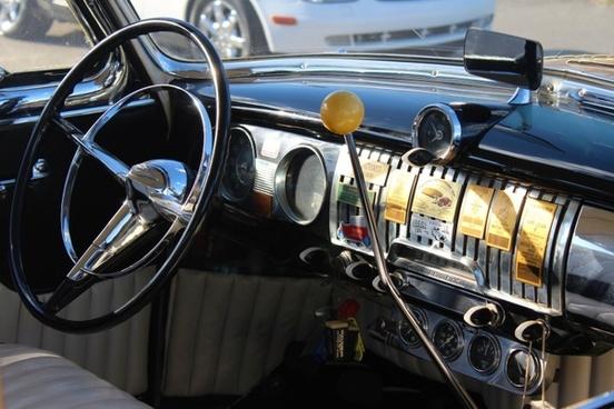 chevrolet cockpit dashboard