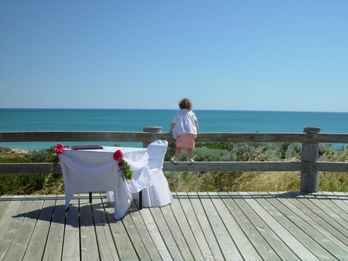 child sea dining table