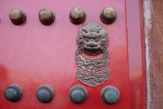 china door lion head
