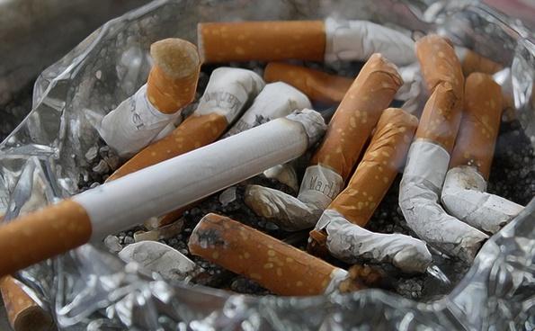cigarettes ash tilt