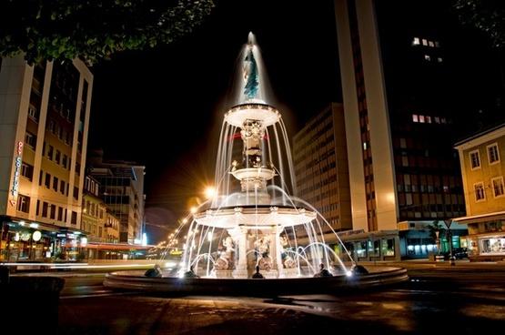 city night evening