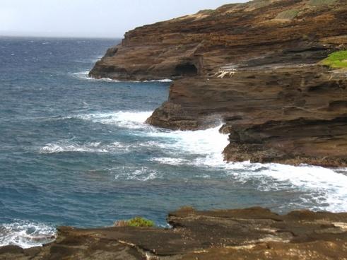 cliffs at makapu039u point
