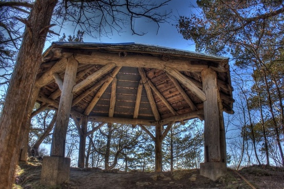 closeup of the shelter at maquoketa caves state park iowa