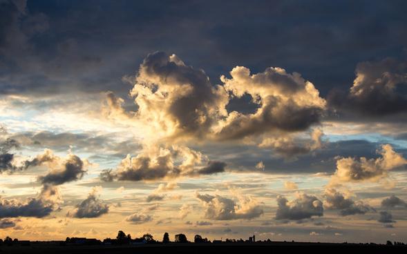clouds at dawn