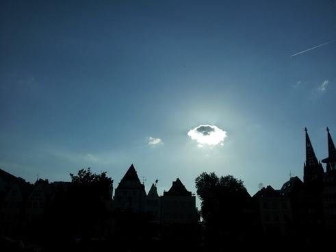 cologne cloud sky
