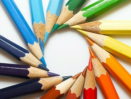 color pencil emissions into the circular picture
