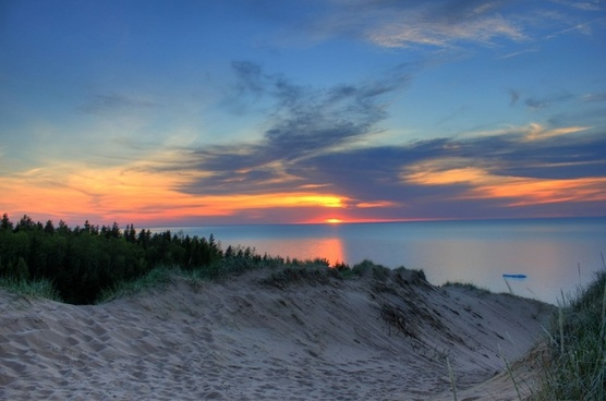 colorful sunset over lake superior at pictured rocks national lakeshore michigan