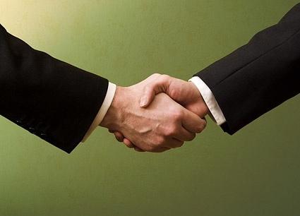 cooperation handshake picture