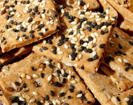 crackers food salty