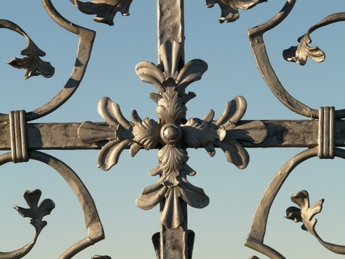 cross iron grid