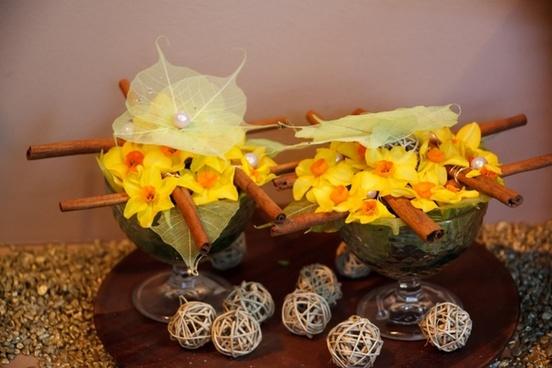 daffodil flower arrangement