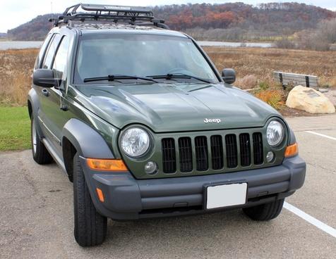 dark green jeep