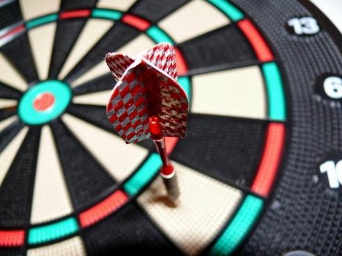 darts game pub