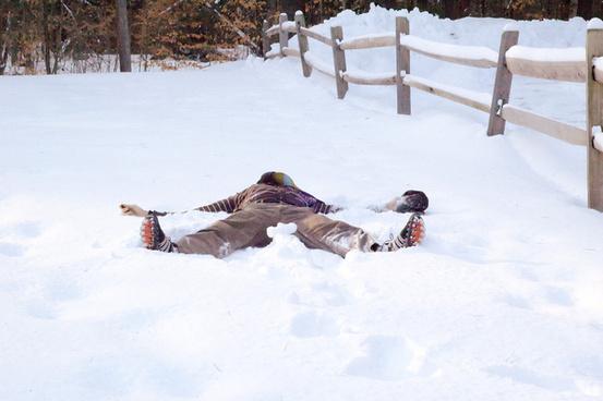 dead snow angel