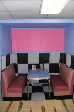 diner booth close