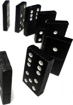 domino curve