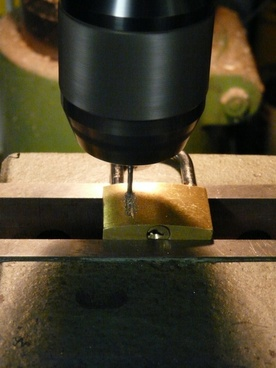 drill milling machine drilling