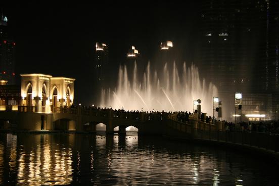 dubai fountain 2
