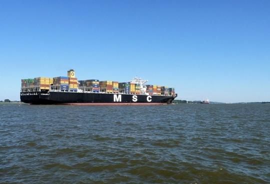 elbe ship container ship