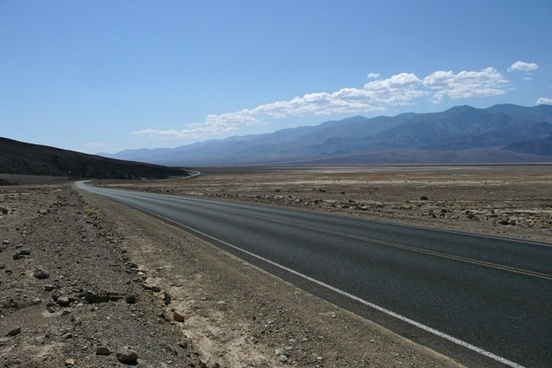 endless road death valley
