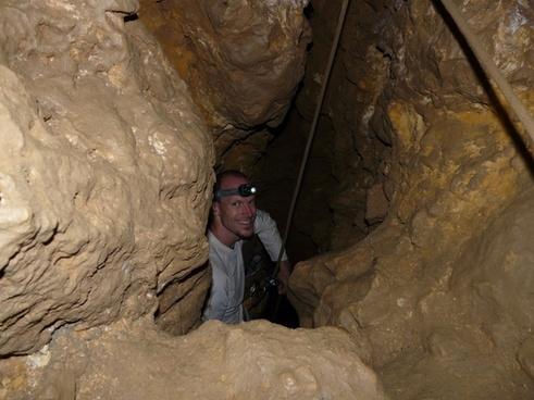 eng cavity cave