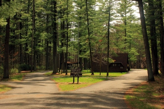 entrance at rocky arbor state park wisconsin