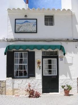 facade southern europe lime