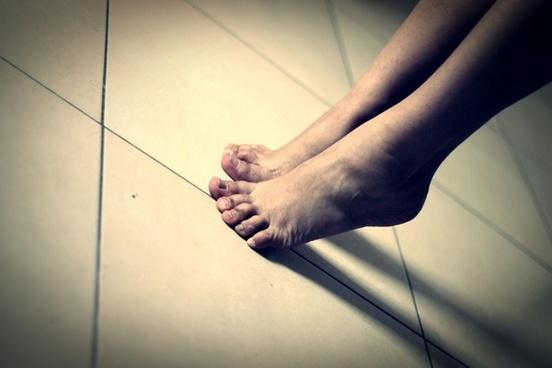 feet toes toe