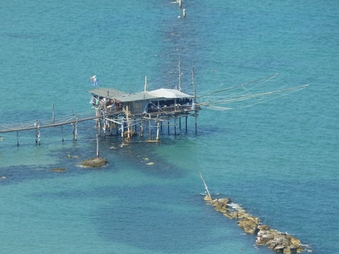 fisherman's house web sea