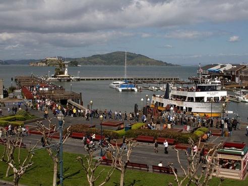 fishermans wharf alcatraz boats