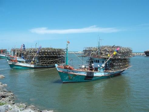 fishing boats thailand sea