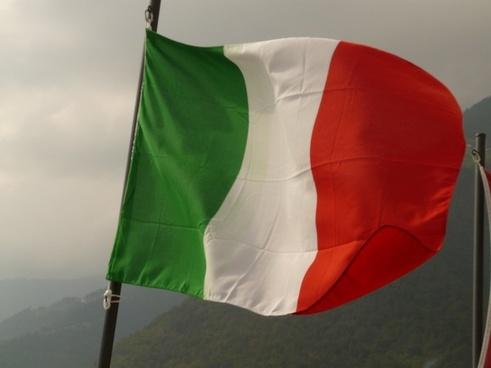 flag italy wind