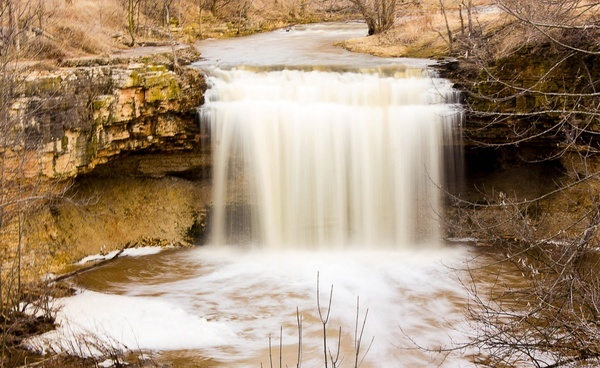 fonferek falls waterfall in fonferek039s glen county park wisconsin free stock photo