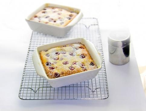 food baking cake