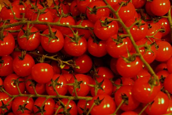 food store tomatos