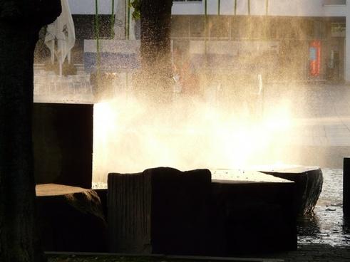 fountain atomization light