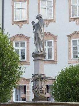 fountain statue saint rupert