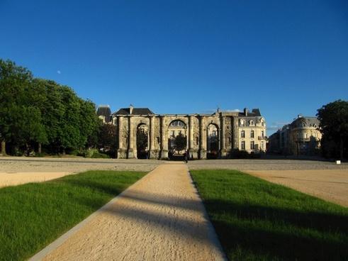 france castle landmark