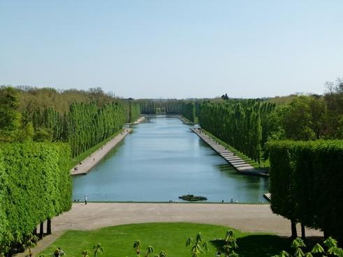 france landscape pool
